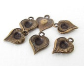 Vintage Brass Heart Charm Antiqued Brass Ox Rhinestone Setting Textured Grooved 11mm chm0487 (6)