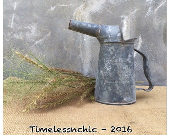 Oil Can - Vintage Oil Can - Metal Oil Can - Planter - Table Centerpiece - Repurpose - Flower Vase - Farmhouse Decor - Utensil Holder - CHIC