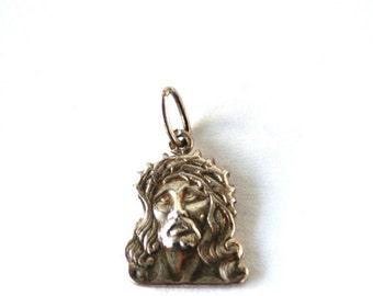 CHRISTMAS SALE Vintage //// Sterling Silver Jesus Face Pendant