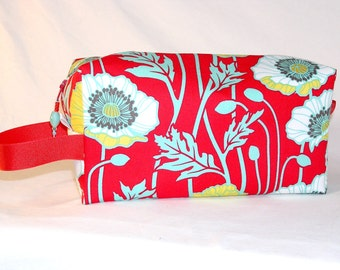 Pristine Poppies in Crimson Project Bag