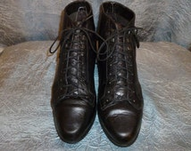 Vintage - 80's - Embossed Crocodile - Black - Leather - Lace Up - Granny - Mod - Punk - Ankle Booties - size 8 1/2 medium