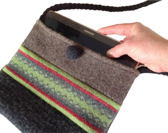 Hip ipad/tablet Crossbody Bag - Sewing Pattern - Upcycled Wool Sweater