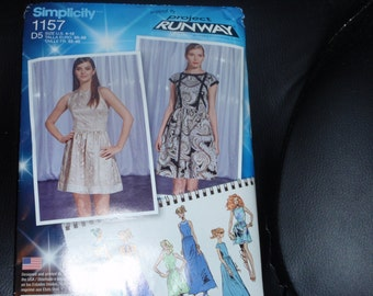 Simplicity 1157 Dress in Three Lengths with Bodice Variations Size 4-12 Project Runway