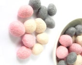 Mix of 30 felted wool rondelle beads /pebbles (pink, grey, cream). Wool decorations, wet felt beads, wool balls, pom poms, baby mobile decor