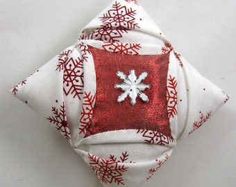 Red and White Cathedral Window Quilted Christmas Ornament 138