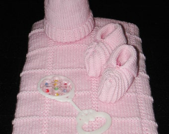 Baby Set w Afghan & Rattle (Pink)
