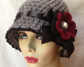 READY TO SHIP fits S to M Crochet Cloche Womens Hat, Gray and Red, Ohio Buckeyes, Chunky, Flapper, Winter Hat, Birthday Gifts JE276CR7