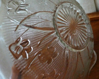 Vintage Glass Bowl Iris and Herringbone Jeannette Glass Serving Bowl Clear