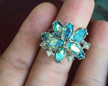 Vintage Cocktail Ring Park Lane Statement Ring Costume Jewelry Blue Aurora Borealis AB Glass Rhinestones Silver Plate Metal Iridescent Stone