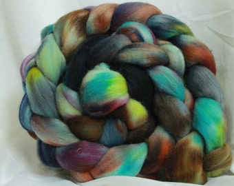 super fine merino hand dyed combed top (4.7 0z/ 132 Grams)