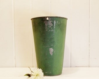 Vintage Sap Bucket, Green and Silver Gray Bucket, Vintage Flower Vase, Hanging Metal Vase, Farmhouse, Cottage Decor, Vintage Garden Decor
