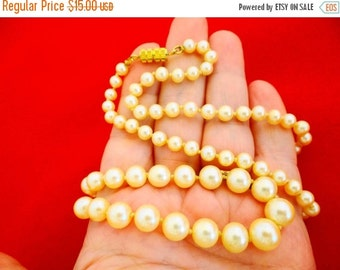 """20% off sale Vintage hand knotted glass pearl 24"""" necklace in great condition"""