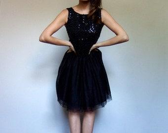 Sequin Top Vintage Women Sleeveless 60s Black Sequin Crop Top Scoop Back Tank Top - Small S