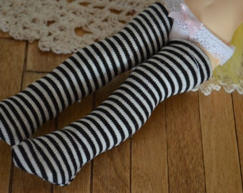 Black and White Striped Stockings for Kikipop!