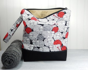 Sheep Knitting bag, large zipper pouch, yarn bag, crochet project bag, knitters gift, knitting pouch, knitting bag, tote with wrist strap