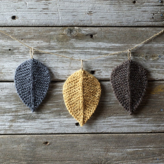 Knitting Pattern Leaf : Knitting Pattern Autumn Leaves Leaf Knit Leaves