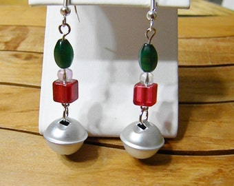 Holiday earring 2