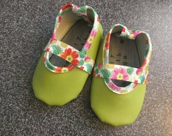 Vegan Baby Mary Jane's in Lime Floral
