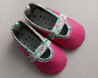 Baby Girls Vegan Mary Jane's in Pretty in Pink