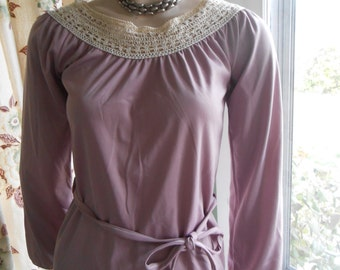 Lavender Pullover Top w/Crocheted Yoke and Belt - Size S