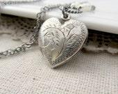 Heart Locket, Sterling Silver Locket Pendant, June Birthstone Locket Necklace, Pearl Locket, Silver Heart Locket, Push Present, Gift for Mom