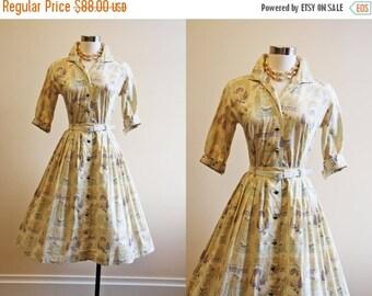 ON SALE 50s Dress - Vintage 1950s Dress - Novelty Print Cotton French Floral Full Skirt Top Dress Set XS S - Dress Shop