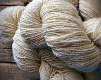 Peace Fleece - Antarctica White yarn, undyed wool yarn, natural yarn, undyed yarn, blank yarn, natural wool, worsted weight yarn
