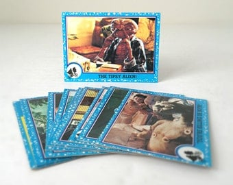 E.T. The Extra Terrestrial Trading Cards 1982 - Set of 10 Collectible Movie Cards - Drew Barrymore, Henry Thomas and E.T. the Alien