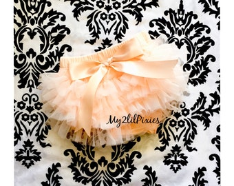 Baby Bloomer, Ruffle Bum Bloomer with Satin Bow, diaper cover, photo prop, newborn ruffle bloomer, newborn bloomer , ready to ship .