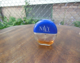 80s vintage / perfume / navy / pre-owned / as is / womens / savannahwillow