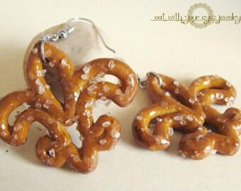 Pretzel Fleur de Lis Dangle Earrings New Orleans Who Dat Food Jewelry Louisiana