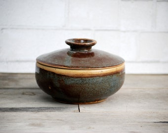 Ceramic Casserole ,  Baking Dish, Lidded Ceramic Pot, housewarming gift, ceramic baking dish, casserole with lid, wedding gift, ceramic bowl