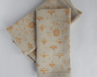 Cloth Napkins, Hand Printed Bees in Gold, Set of 4 Natural Linen / Cotton Blend