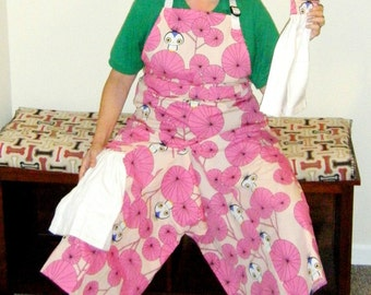 Pottery Apron with Ultimate Coverage Split Leg Panel Pink Birds White Towels