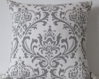 Pillow Cover - Grey damask - Tradition