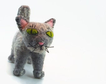 wool cat, childs toy cat, stuffed toy, felted cat, small cat, waldorf toy, steiner toy, alley cat,