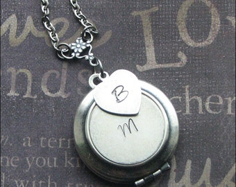 Personalized LOCKET, Initial Necklace, Initial Charm, Silver Locket, WEDDING locket, Bridesmaid Gift, Locket for Woman, TheEnchantedLocket