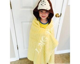 Charlie Brown Hooded Towel, Peanuts kids bath towel, Kids beach towel, Kids personalized towel gift, Christmas gift,