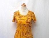 1970s Vintage Novelty Print Cotton Top / Art Deco Art Nouveau Print T Shirt