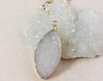 Grey White Leaf Druzy Necklace – Blue Topaz