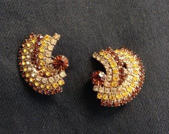 Vintage 1950's, Amber and gold rhinestone clip on Earrings.  Hollywood Glamour.