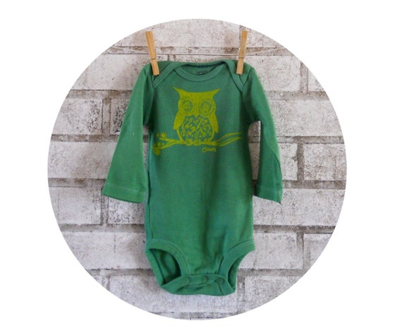 Owl Long Sleeved Baby Cotton bodysuit, kelly green, infant creeper Hand Made, Screenrprinted, hand Printed woodland animal nature