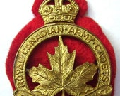 1943 ROYAL CANADIAN ARMY Cadets World War 2 Cap Badge Kings Crown Brass cap badge