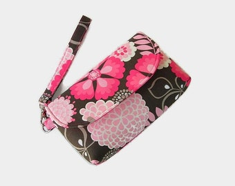 Pink Floral Cushioned Wristlet - Padded Phone Pouch - Small Handbag - Pink Clutch - Removable Strap