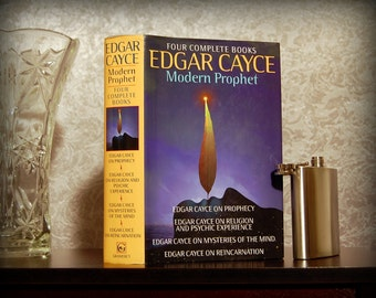 Hollow Book Safe & Flask (Edgar Cayce, Modern Prophet: Four Complete Books)
