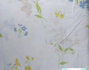 Twin Vintage Flat Sheet with Pastel Flowers