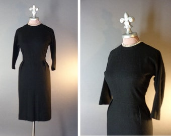 50s dress 1950s vintage JET BLACK WOOL hourglass versatile classic curvy dress new old stock
