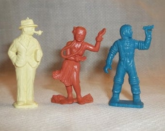 3 MARX Toy Figures,Pipe Man Railroad Station Pale Yellow,Hawaiian Hula Girl Super Circus Orange,Blue Space Man Astronaut Space Patrol