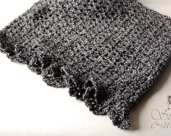 crochet scarf - circle scarf - gothic, victorian, romantic, elegant, scalloped edge, grey, vegan