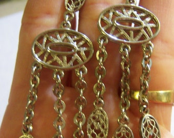 vintage silver tone long dangle and drop clip on earrings 615C4